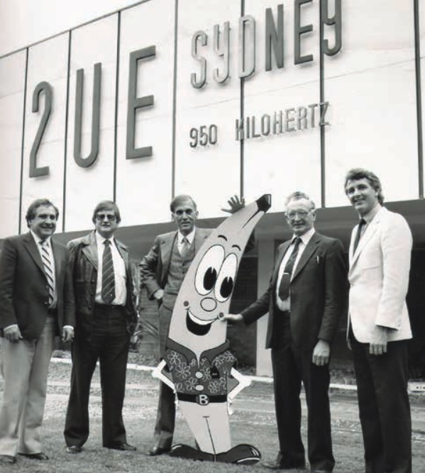 Former ABGC Chairman Jim Dobson (second from right) at a banana promotion with Sydney broadcaster John Laws (centre).