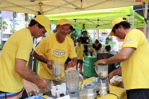 Josephine and Chris Borsato Matt Abbott, Graheme Celledoni and Mark Nucifora were kept busy making smoothies.